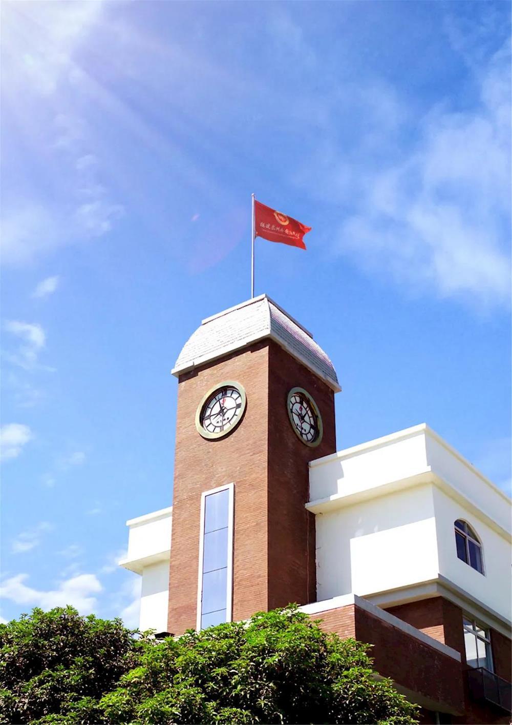 泉州高考复读学校哪个好?泉州外国语学校青云复读班2021届开始招生啦!